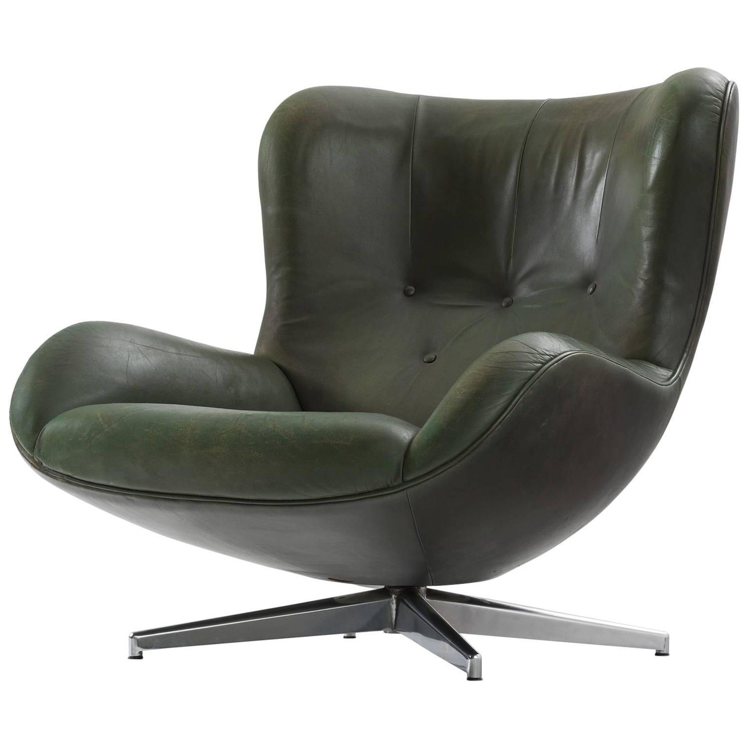 green lounge chair martha stewart covers illum wikkelsø leather swivel for sale
