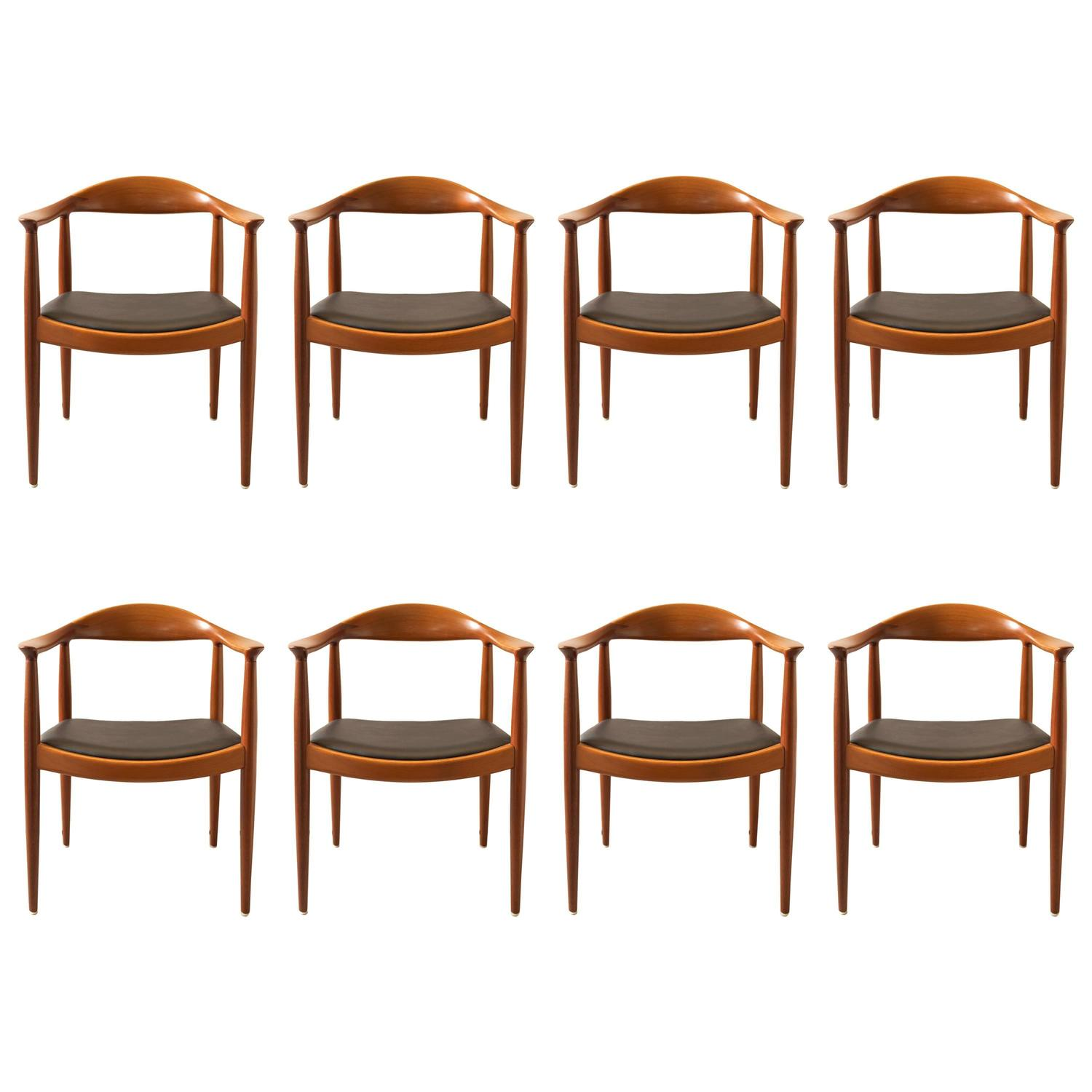 round back dining chair with storage hans wegner set of eight chairs in