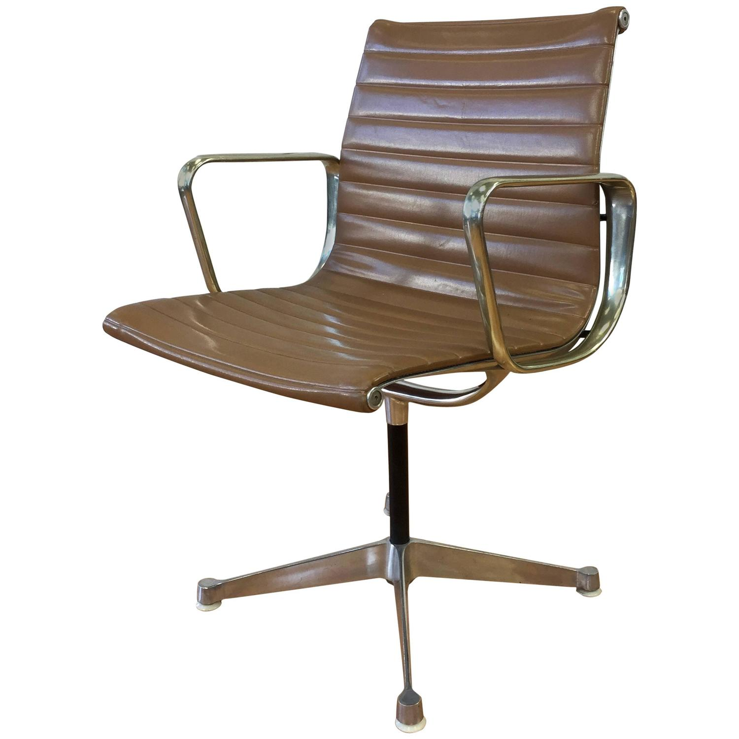Herman Miller Eames Office Chair Early Eames Aluminium Group Management Chair By Herman