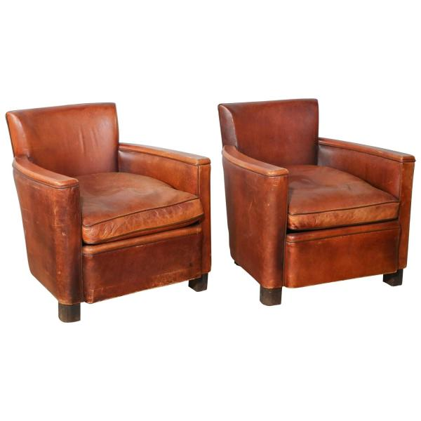 Pair Of Vintage Leather Club Chairs 1stdibs