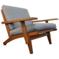 Iconic Danish Hans J Wegner GE-375 Lounge Chair For Sale ...