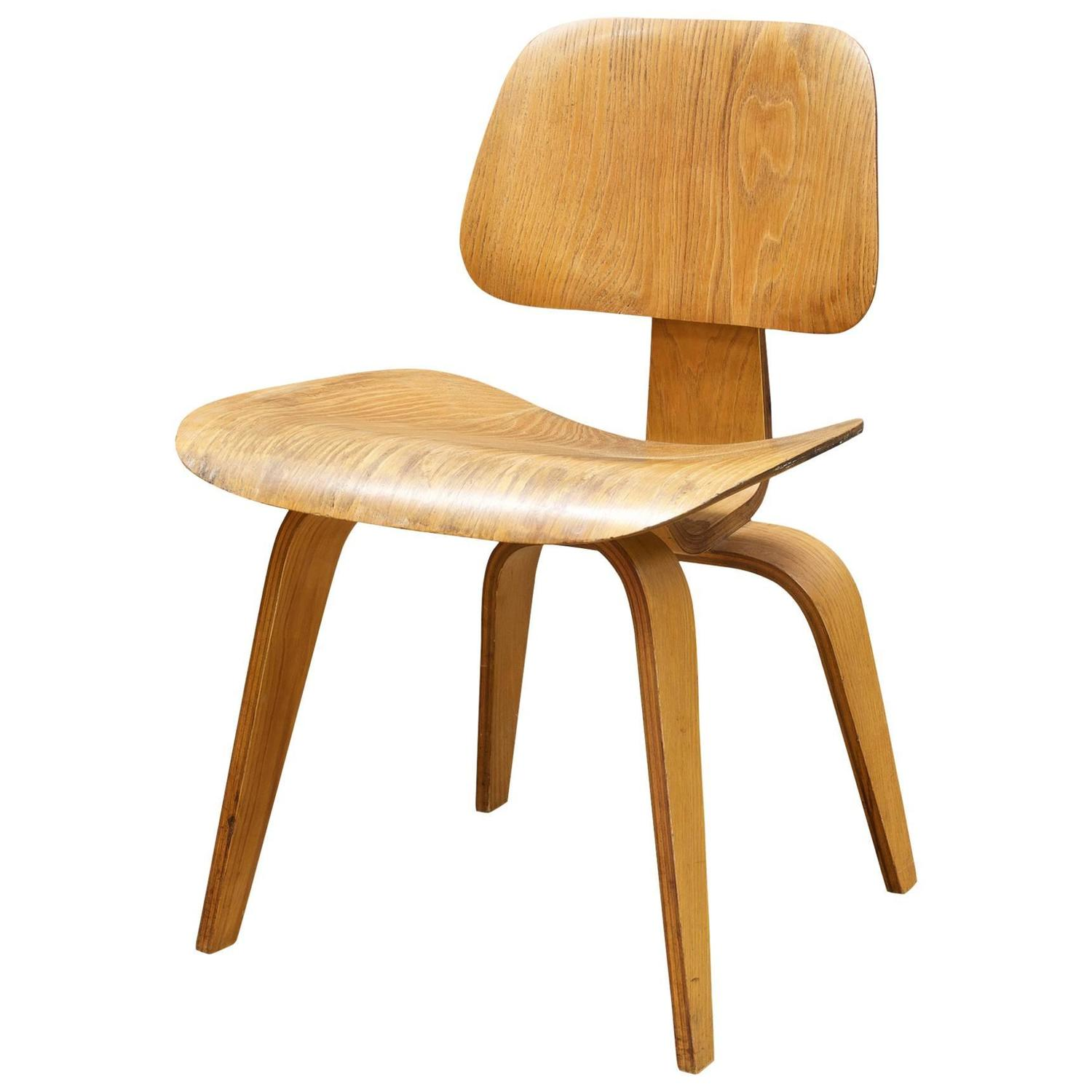 Bent Plywood Chair 1948 Charles Eames Evans Bent Plywood Herman Miller Dining