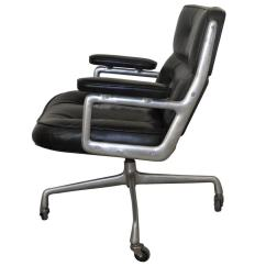 Office Lobby Chairs Cotton Wedding Chair Covers To Buy 1960s Time Life By Charles Eames For Herman Miller Sale