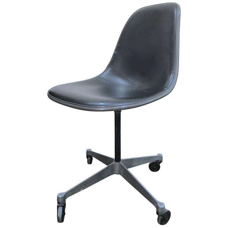 herman miller rolling office chair steel folding chairs desk by charles eames for at 1stdibs