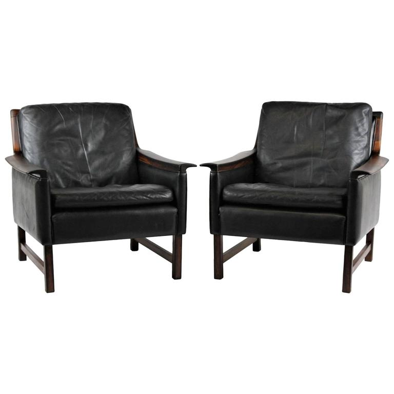 Pair of Black Leather Minerva Club Chairs by Torbjrn