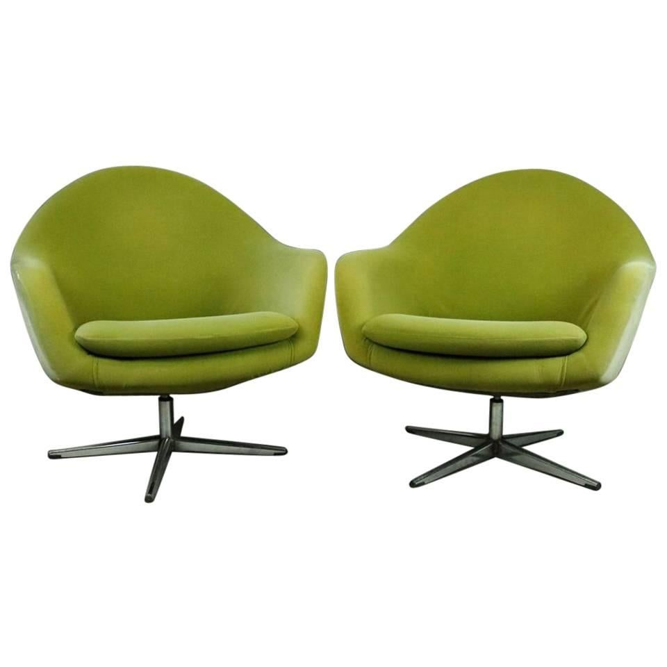 Lime Green Chairs Pair Of Mid Century Modern Knoll Style Upholstered Swivel Club Chairs