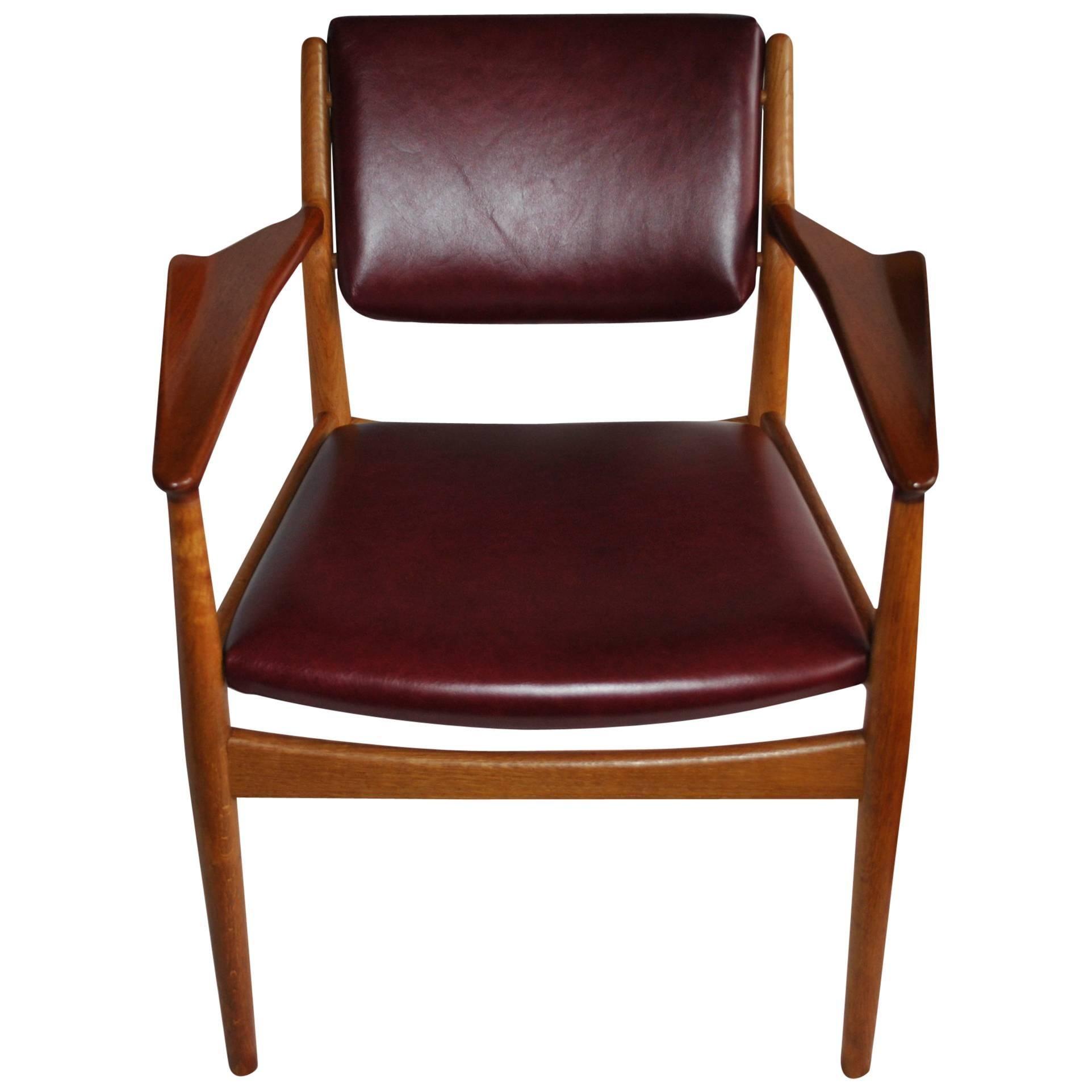 Arne Vodder Furniture Desks Credenzas  More 321 For