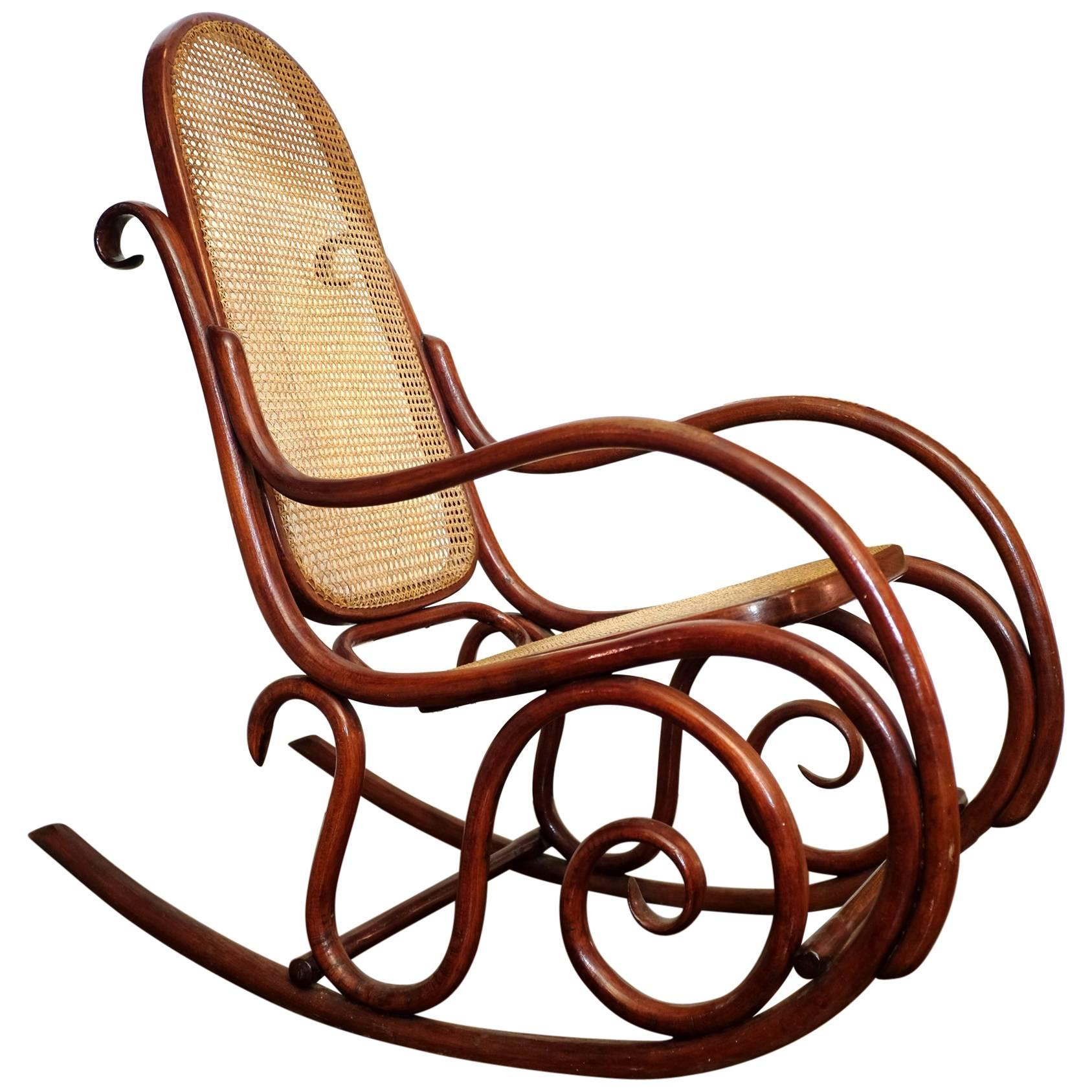 Thonet No10 Rocking Chair in Bentwood and Cane at 1stdibs