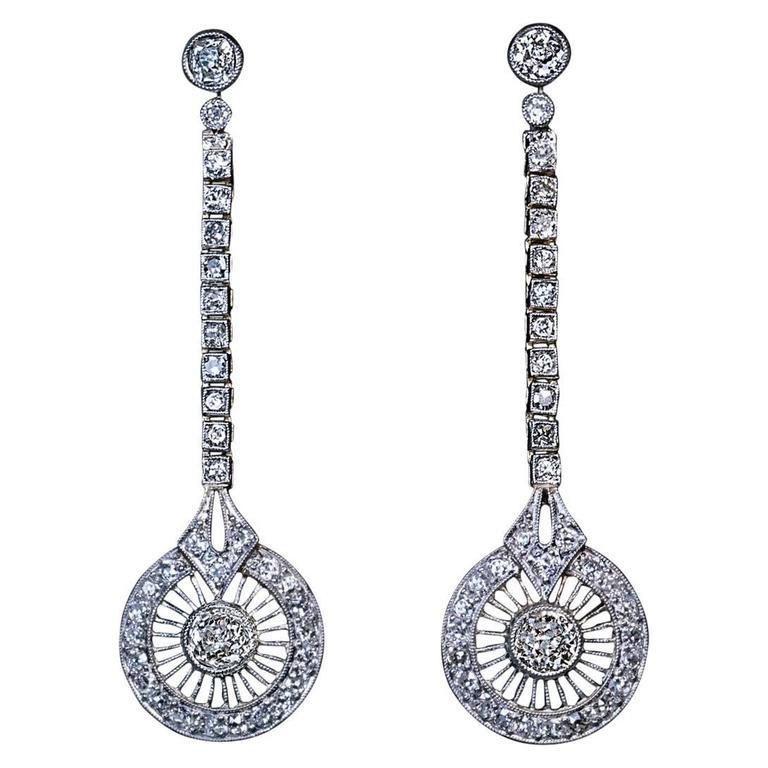 1920s Art Deco Diamond Gold Platinum Dangle Earrings For
