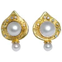 Elizabeth Gage Shiraz Pearl Gold Earrings at 1stdibs