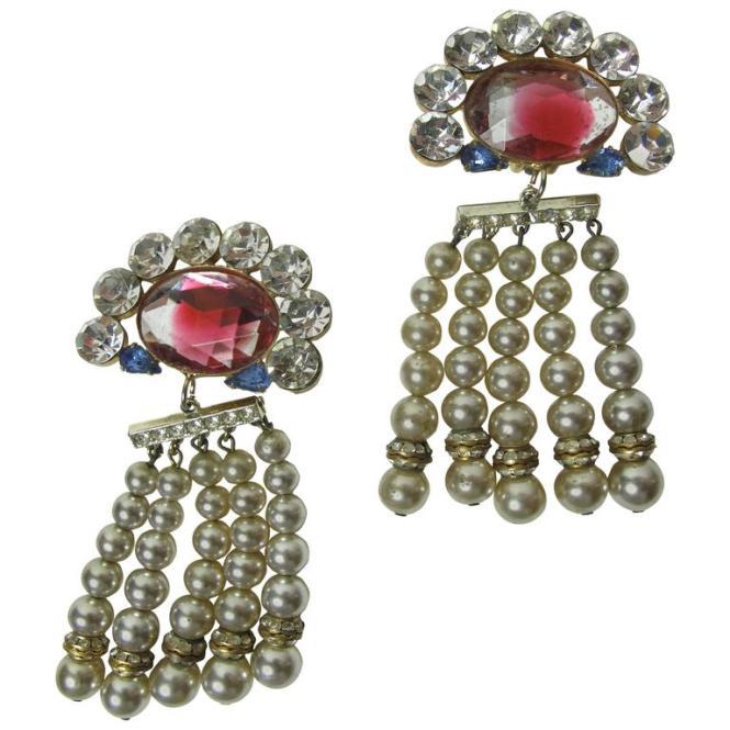 Gorgeous Oversized Rhinestone And Faux Pearl Chandelier Earrings 1
