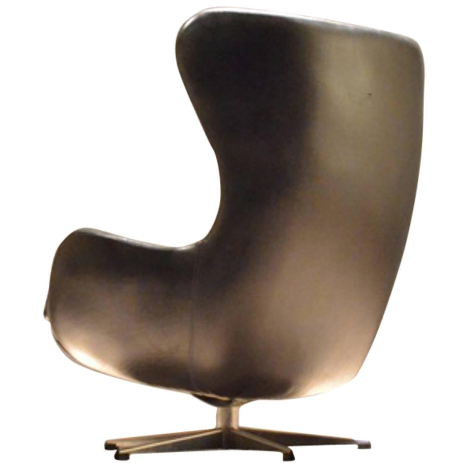 Egg Shaped Chairs Danish Black Leather Egg Shaped Cocoon Easy Chair At 1stdibs