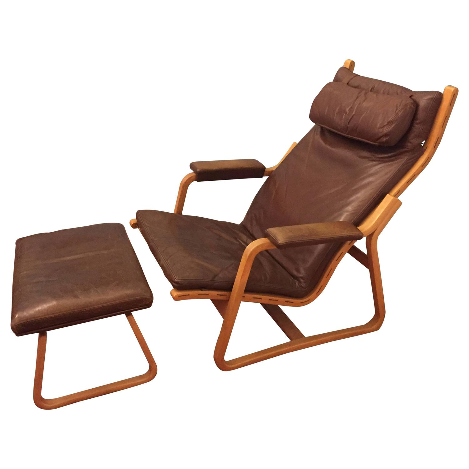 correct posture lounge chair covers of yorkshire ditte and adrian heath two position leather