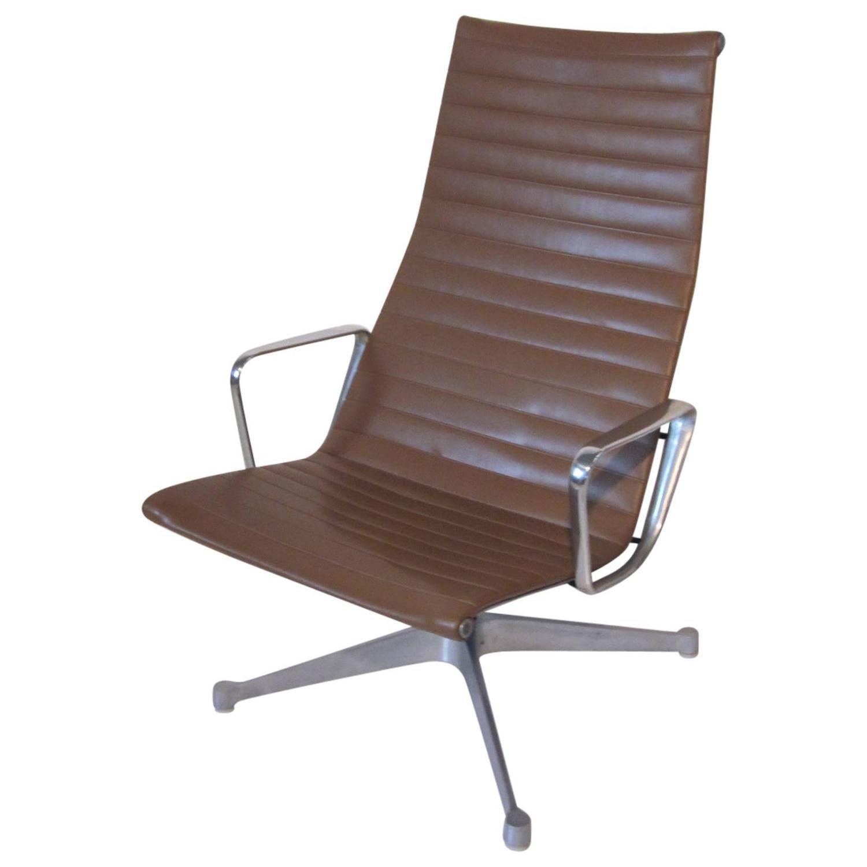 eames aluminum chair swivel bottom group lounge for herman miller at 1stdibs