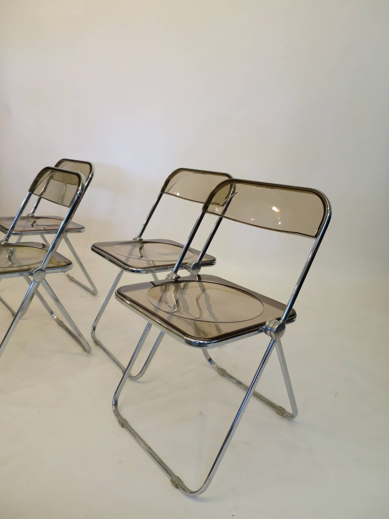 Lucite Folding Chairs Four Lucite And Aluminum Folding 39plia 39 Chairs By Castelli