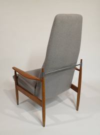 Mid-Century Modern High Back Lounge Chair at 1stdibs