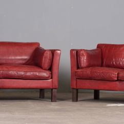 Cherry Red Leather Sofa Brown Microfiber Vinyl Finish Bed By Coaster Home Life Danish Three Seater In Arne