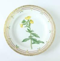 Set of 12 Royal Copenhagen Flora Danica Porcelain Dinner ...