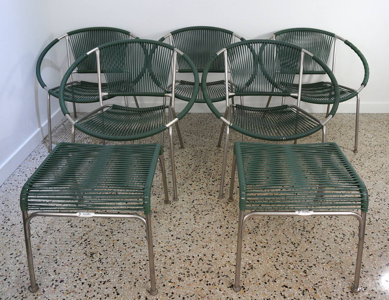 Mid Century Outdoor Chairs Set Of Five Mid Century Patio Chairs With Two Ottoman
