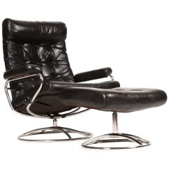 Recliner Vs Chair With Ottoman Folding Leg Size Reclining Stressless Lounge And By Ekornes At 1stdibs For Sale
