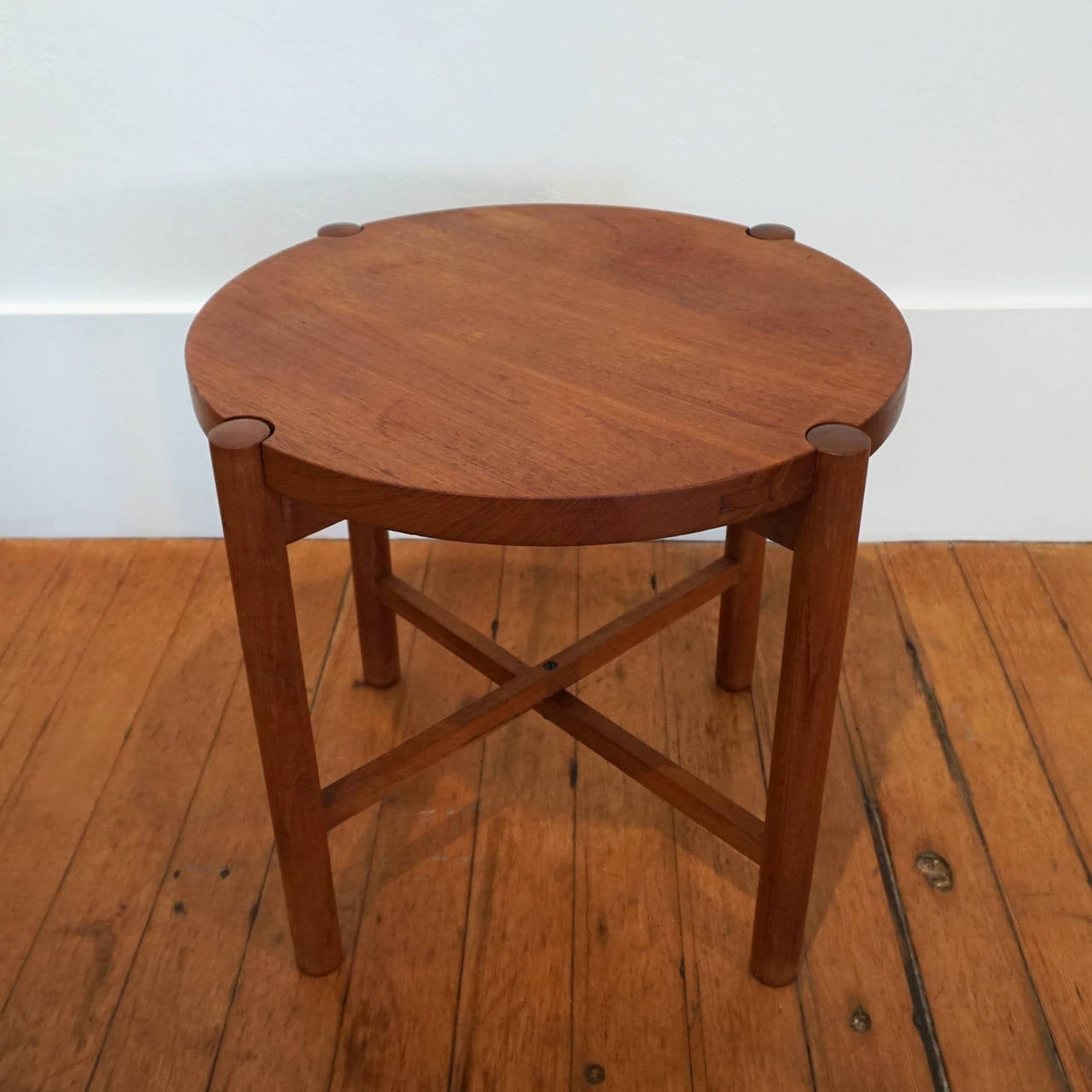 folding japanese chair real leather and ottoman side table by kathuo mathumura for