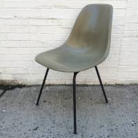 Eames Herman Miller Raw Umber Fiberglass Chair For Sale at ...