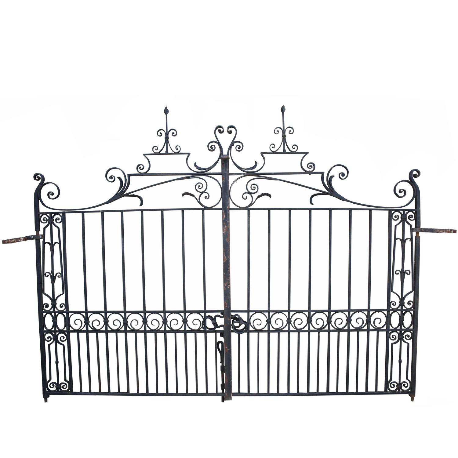 Pair Of Early 20th Century Wrought Iron Driveway Gates For