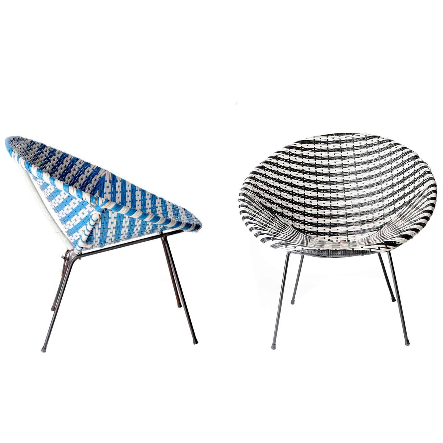 acapulco chair ergonomic used two mid century modern chairs for sale at 1stdibs