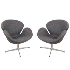 swivel lounge chairs hydraulic hair styling mid century modern dialogue hbf chair in white leather pair of arne jacobsen style