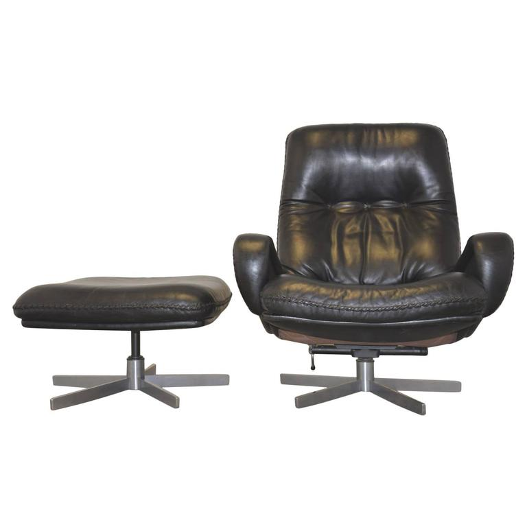 swivel club chair with ottoman pallet adirondack chairs vintage james bond 1960s de sede lounge armchair for sale