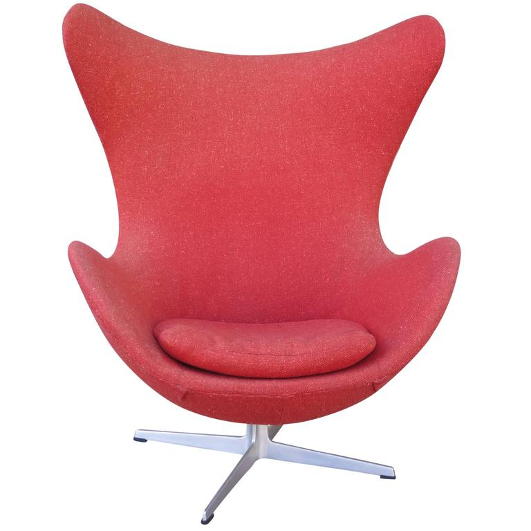 Original Arne Jacobsen Egg Chair in Original Upholstery