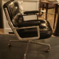 Eames Aluminum Group Management Chair Stacking Cafe Chairs Set Of 10 Time Life Desk By Herman Miller In Leather At 1stdibs