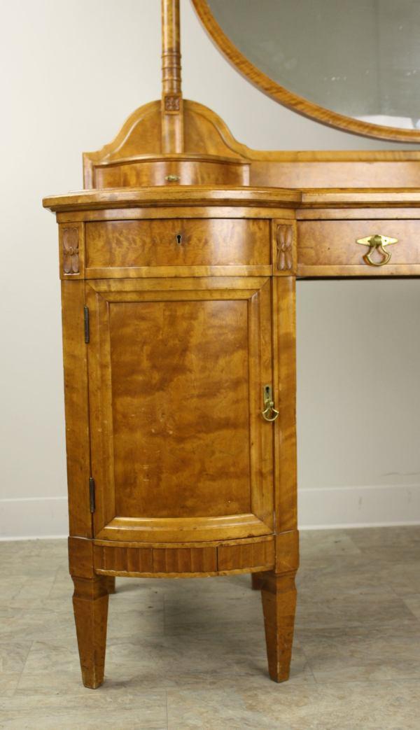 Elegant Vintage Continental Vanity And Stool 1stdibs