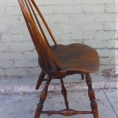 Comb Back Windsor Chair Study Desk And Exaggerated Saddle Seat - 18th C. Bow-back Side At 1stdibs