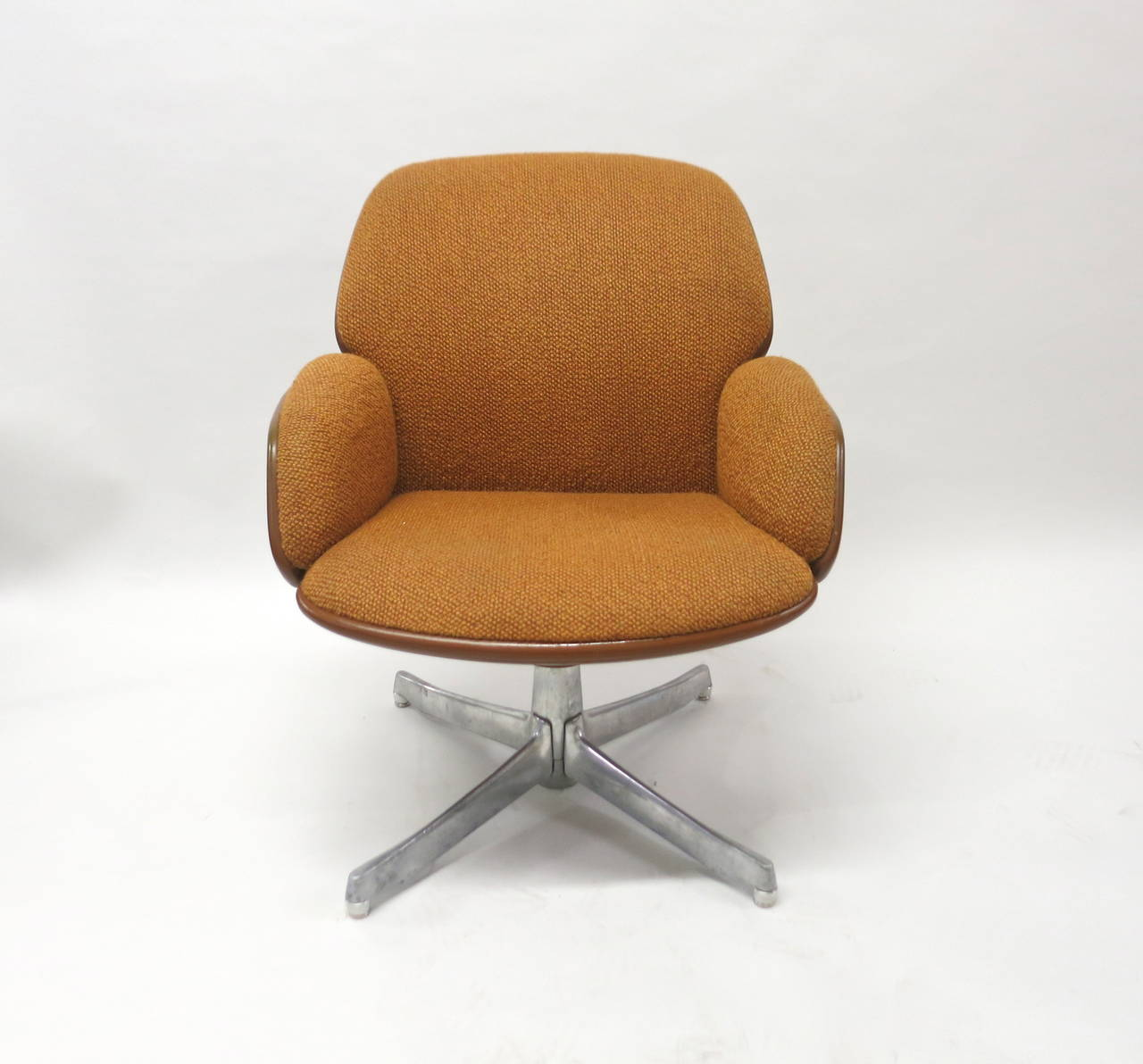 steelcase sofa platner new dimension factory los angeles warren furniture arm daksh image of dining side chair