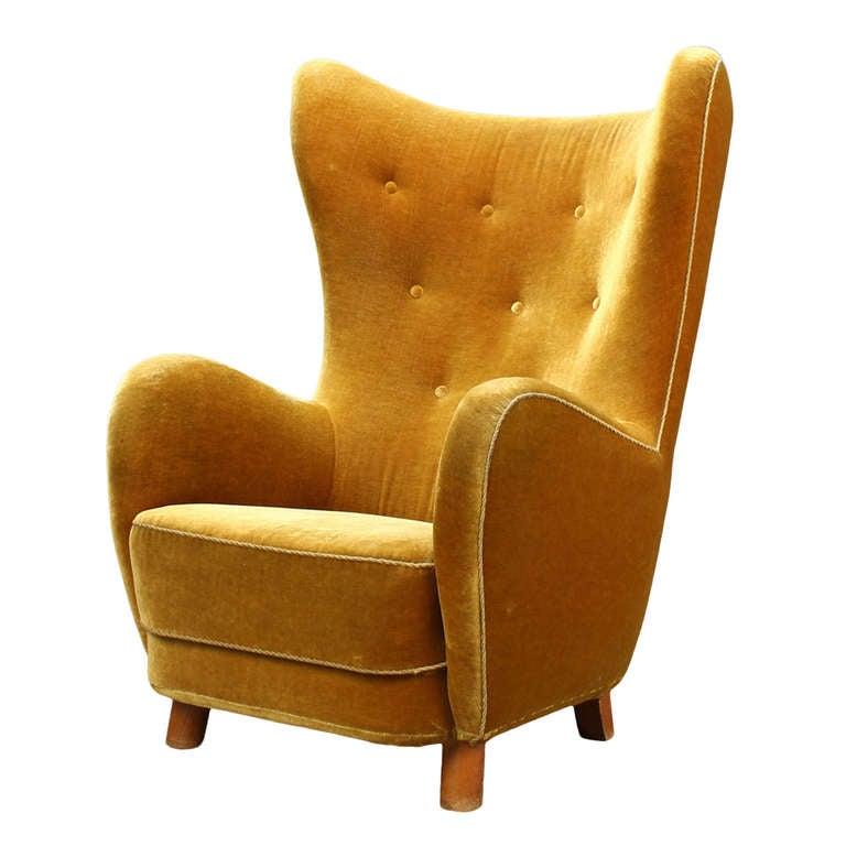 Armchair High Accent Back
