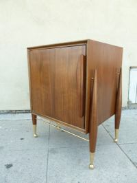 Italian Mid-Century Modern Side / End Table with Cabinet ...