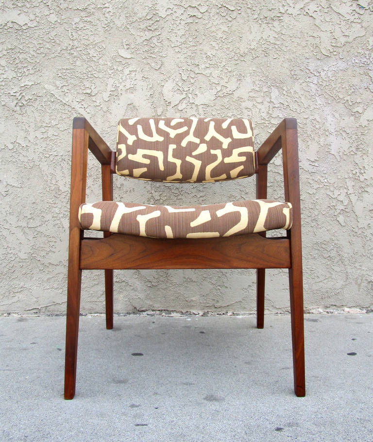 wh gunlocke chair where to buy covers in south africa mid century chairs by w h 1950s at 1stdibs this excellent example of a features walnut frame