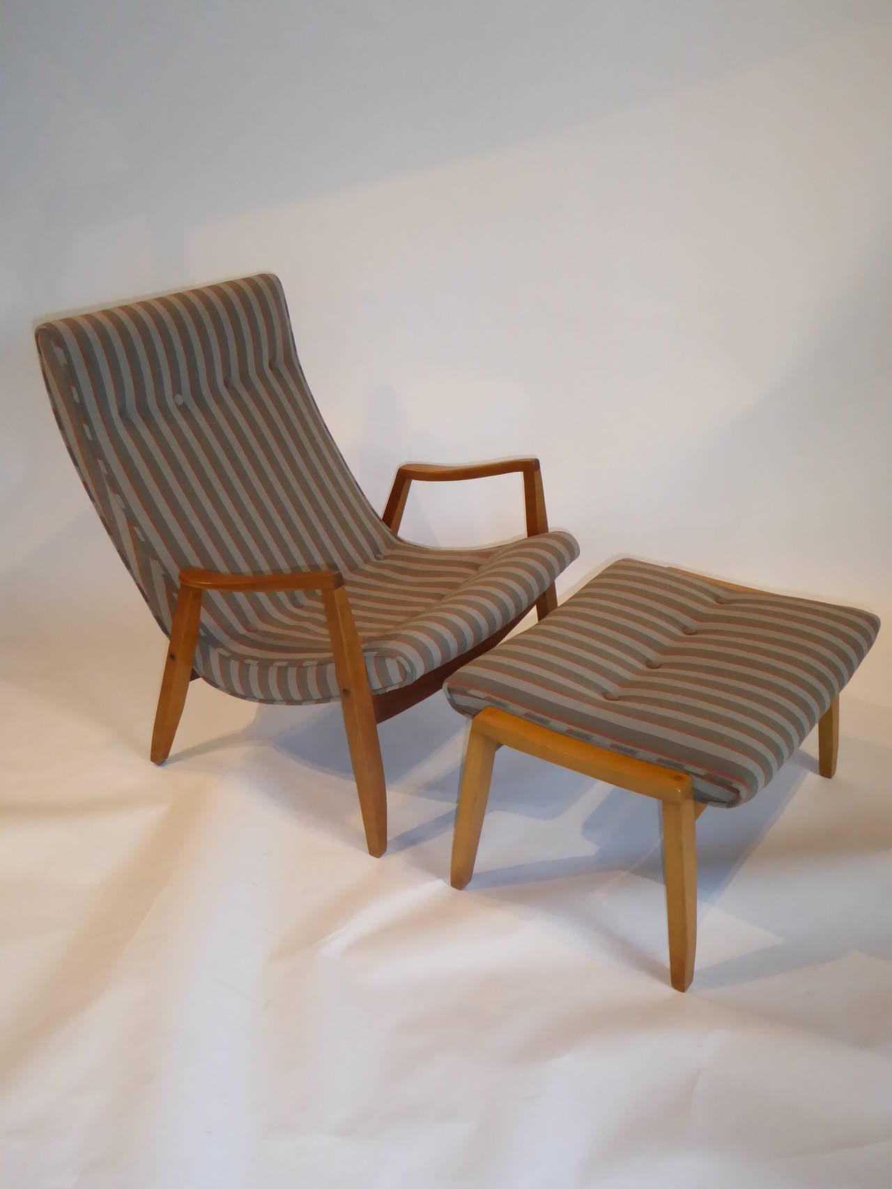 Milo Baughman Chairs 1950s Milo Baughman Scoop Lounge Chair And Ottoman At 1stdibs
