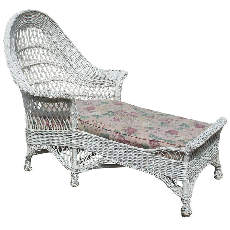 Bar Harbor Wicker Chaise Lounge at 1stdibs