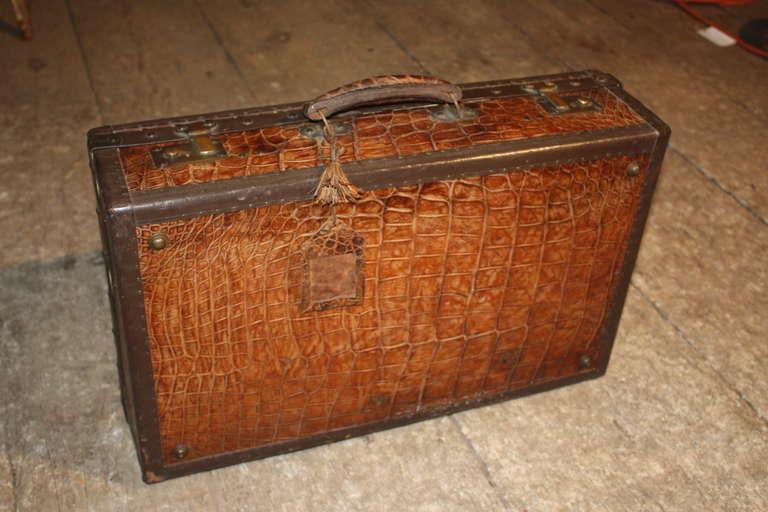 1920 S Vintage Alligator Suit Case At 1stdibs