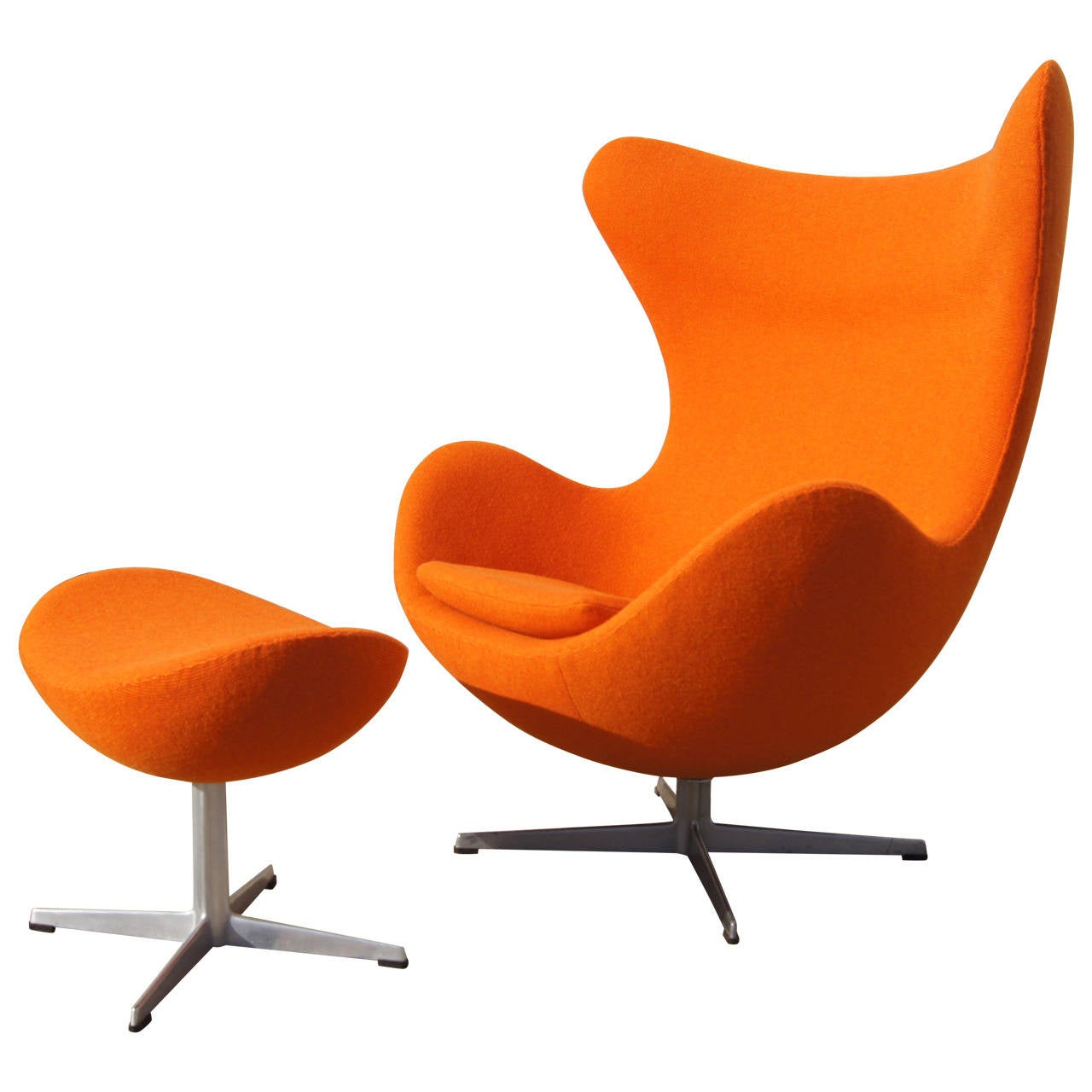 Chair Egg Early Egg Chair And Ottoman By Arne Jacobsen At 1stdibs