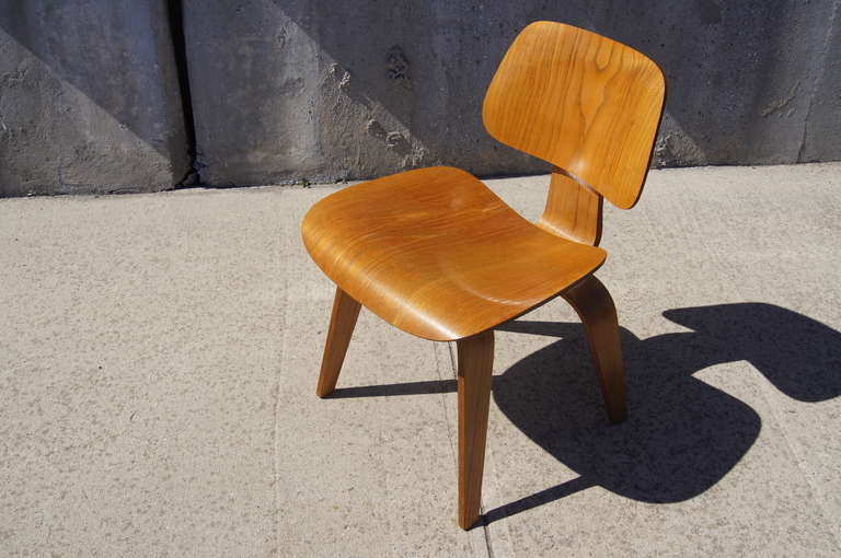 herman miller chairs vintage fisher price space saver high chair oak dcw dining by eames for sale at mid century modern