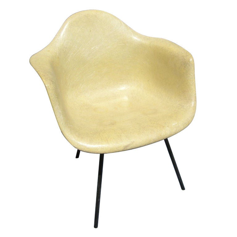 fiberglass shell chair gym accessories early rope edge armchair by charles eames for zenith designed and manufactured plastics herman miller this classic