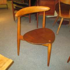 3 Legged Chair Humanscale Smart Hans Wegner For Fritz Hansen Three Table And Six Stacking Very Nice Set Designed In 1952 Of Denmark The