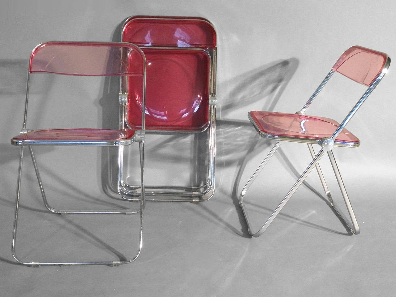 krueger folding chairs mainstays large microsuede saucer chair set of four plia lucite aluminum and chrome