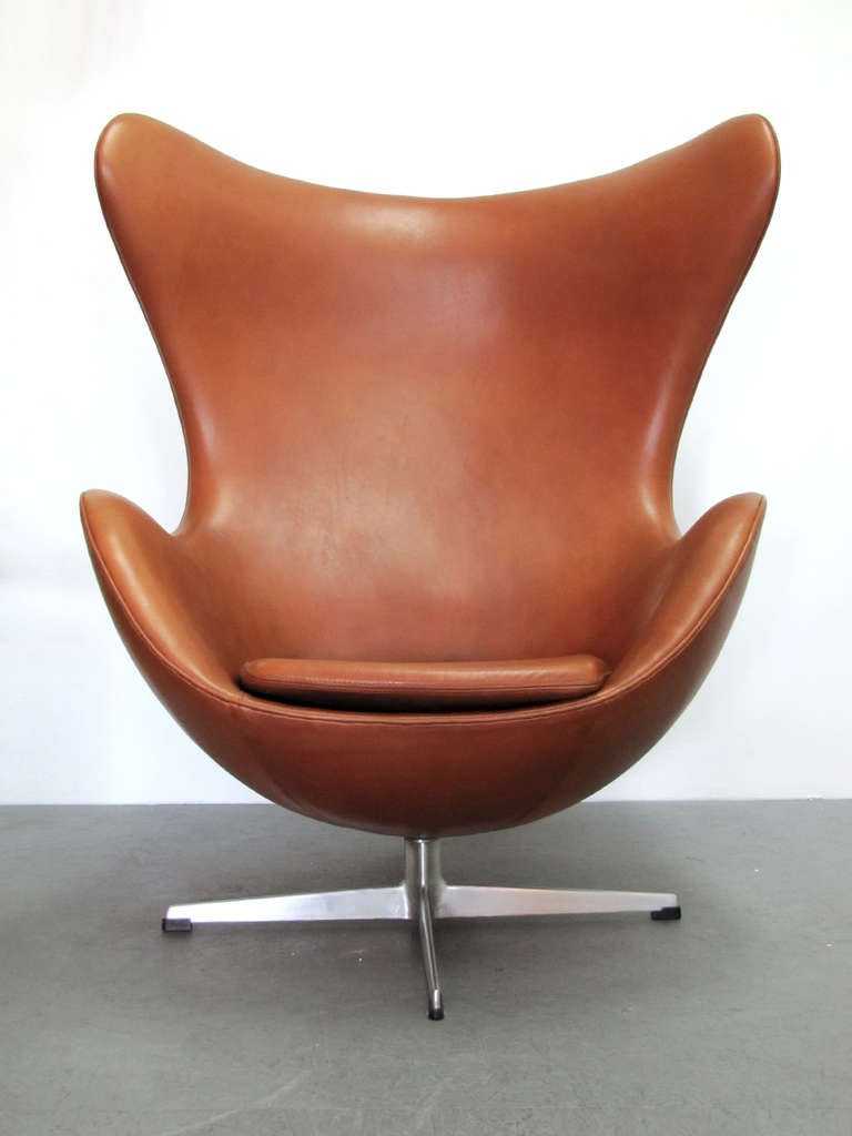 jacobsen egg chair leather dining covers auckland arne at 1stdibs vintage 1960 s lounge model 3316