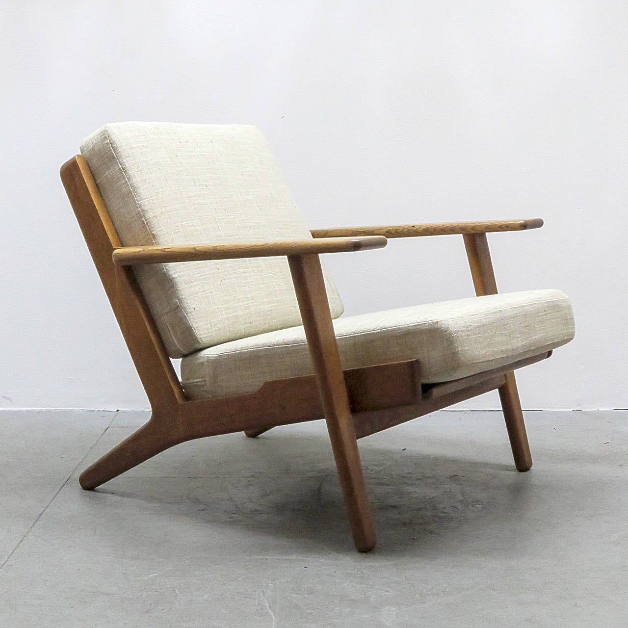 hans wegner the chair pre owned tables and chairs j ge 290 lounge at 1stdibs