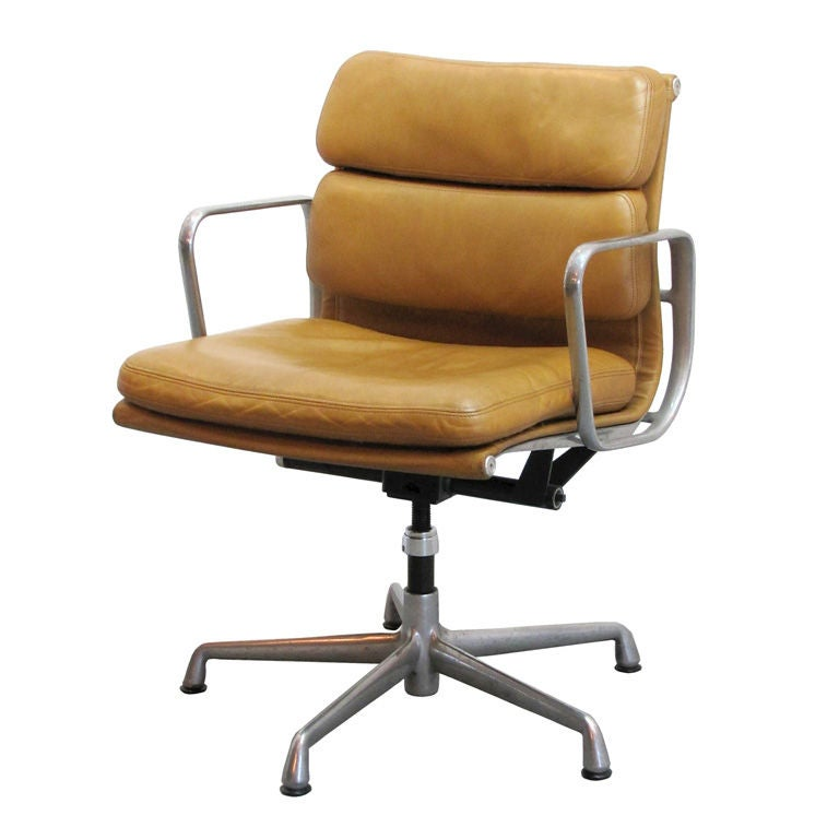 Charles and Ray Eames Soft Pad Desk Chair at 1stdibs