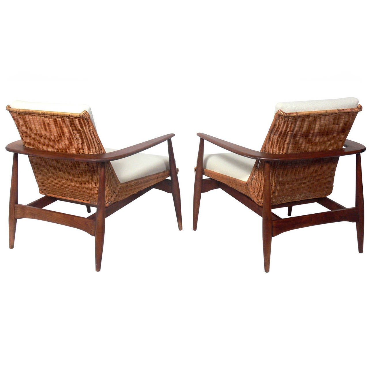 Modern Lounge Chairs Pair Of Danish Modern Lounge Chairs By Lawrence Peabody At